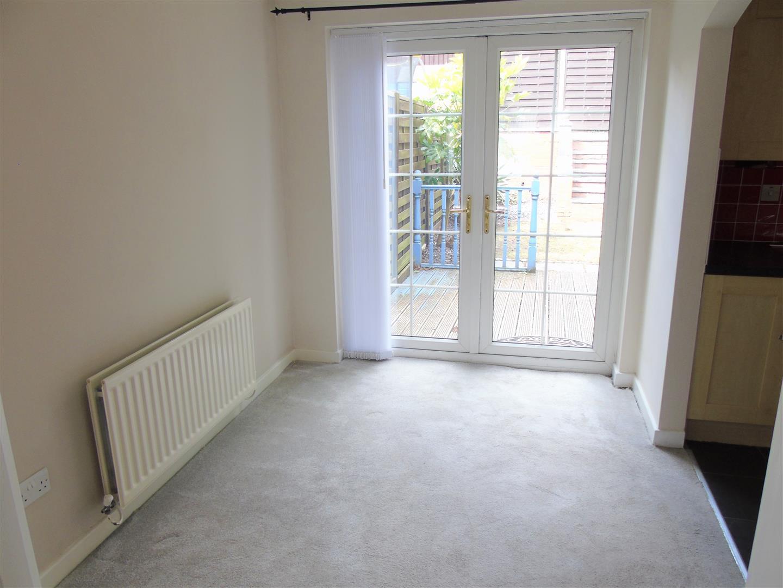 3 Bedrooms, House - Semi-Detached, Pentire Close, Liverpool
